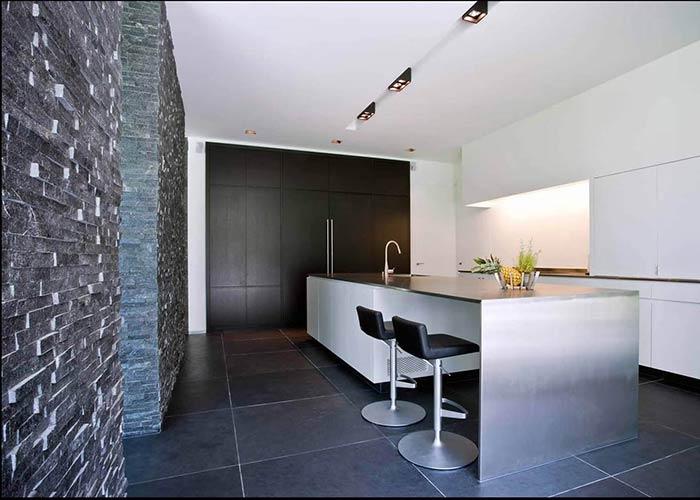 Cucina in pietra convert casa arredamento interni design - Arredamento interni design ...