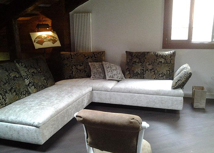 Arredamento salotto convert casa arredamento interni for Arredamento design interni