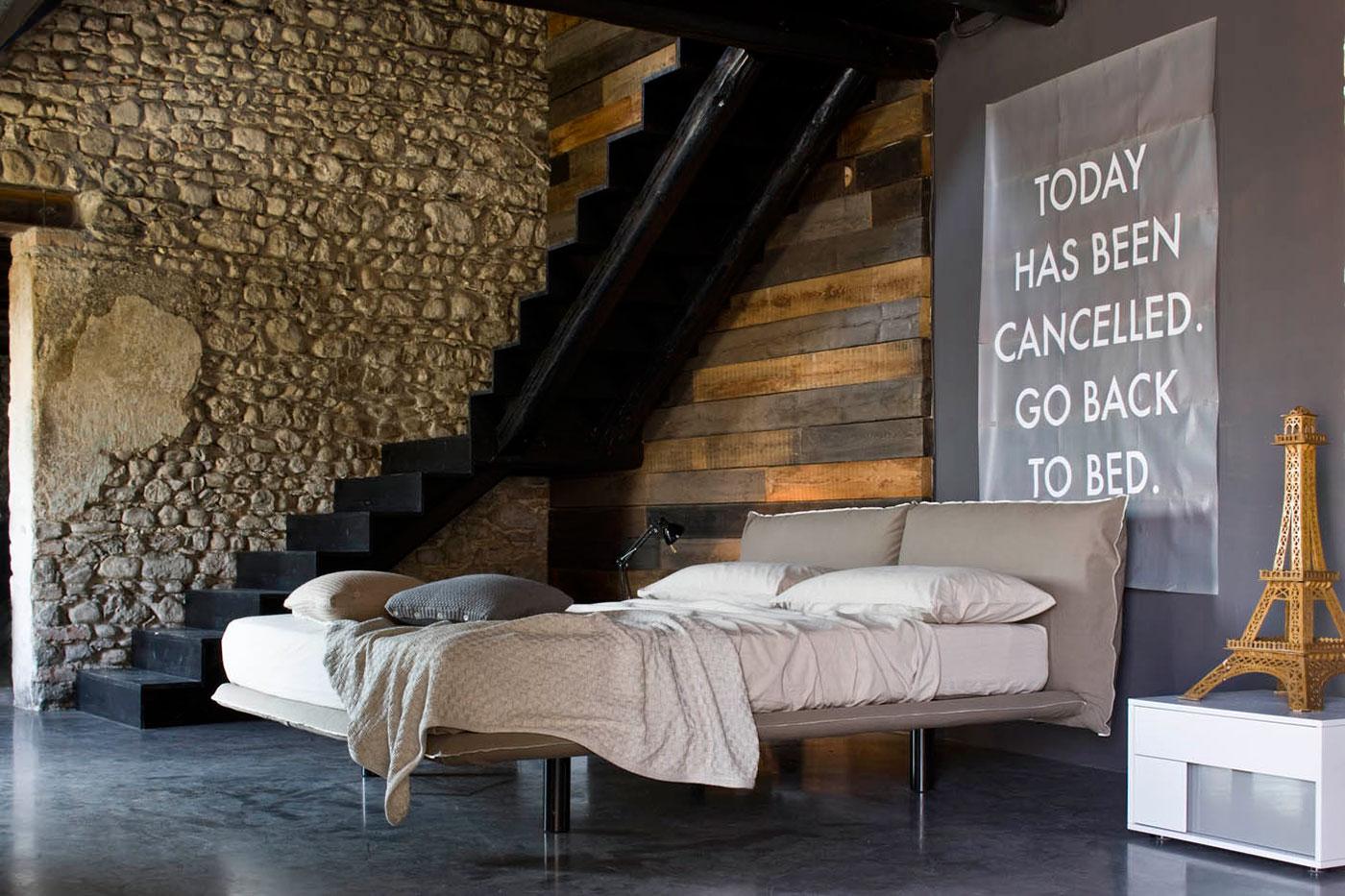Convert casa arredamento interni divani for Arredatori d interni famosi