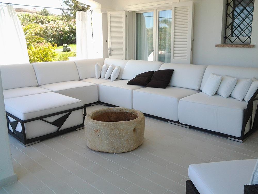 Arredamento casa mare 6 convert casa arredamento for Arredamento interni case