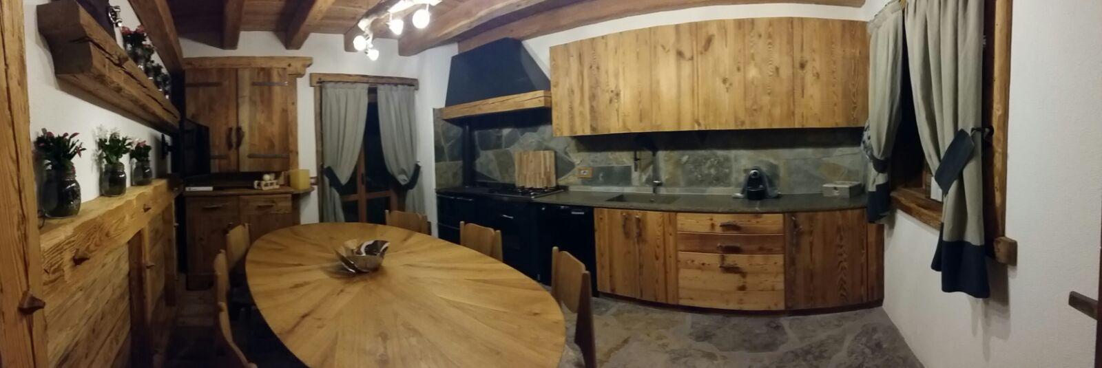 Arredamento montagna progettazione design su misura for Arredamento di casa