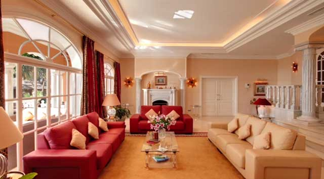 Arredamento interni villa mare convert casa for Arredamento design interni