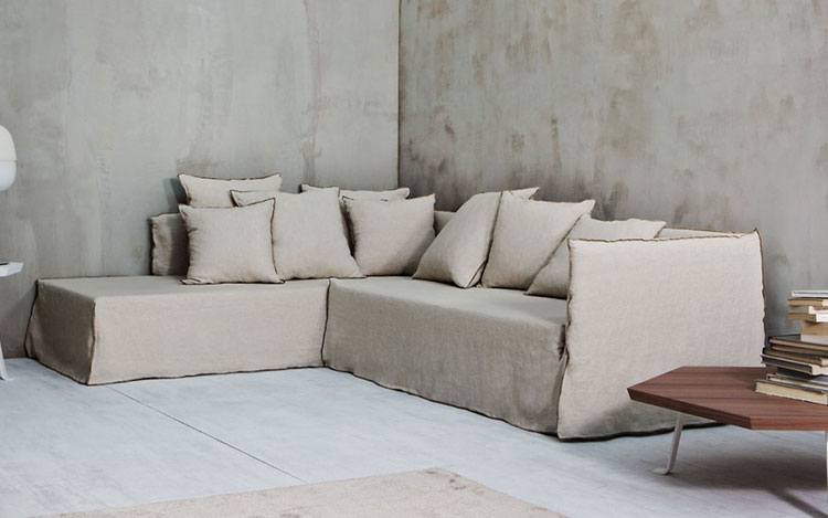 divano ghost restauro